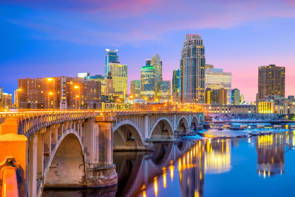 Movers from Boston to Minneapolis